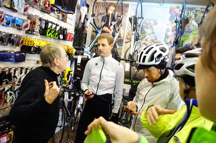 Ex-prof Dave Kane vertelt mooie anekdotes in zijn fietsenzaak