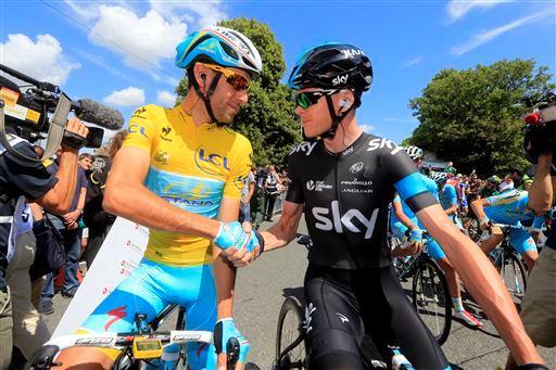 Tourfavorieten Nibali en Froome: wie eet het minst?
